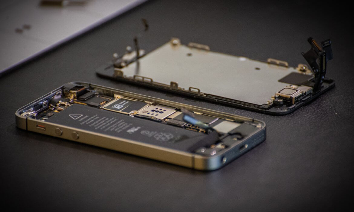 how does forensic data recovery work